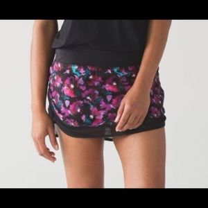 Lululemon Abstract Floral Hotty Hot Skirt